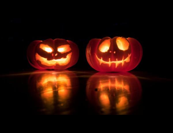 Встречаем Хеллоуин страшно красиво: подборка иконок, векторной графики и шрифтов